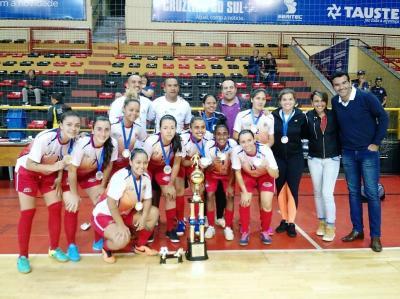 As meninas da equipe da Secretaria Municipal de Esportes d01d48ba14141